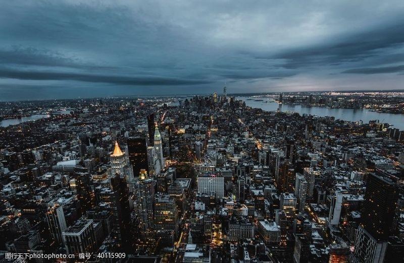 其他模板城市剪影缤纷城市彩色城市图图片