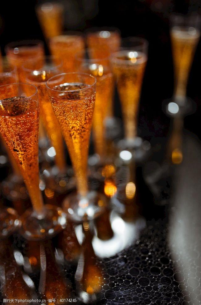 美酒酒图片