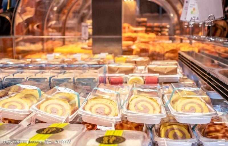 蛋糕烘焙店面包店面包橱窗图片