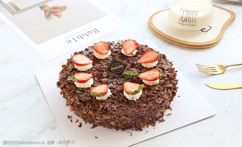 diy蛋糕巧克力水果蛋糕图片