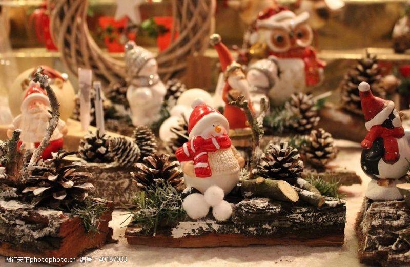 节日促销圣诞老人娃娃图片