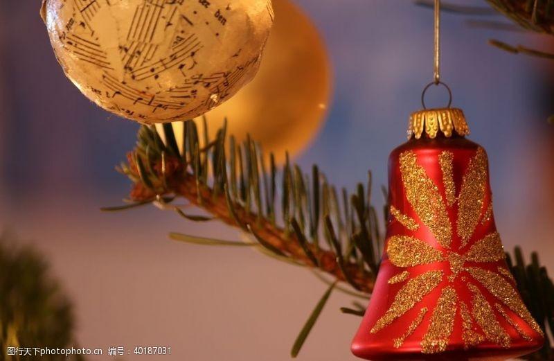 金色圣诞圣诞铃铛图片