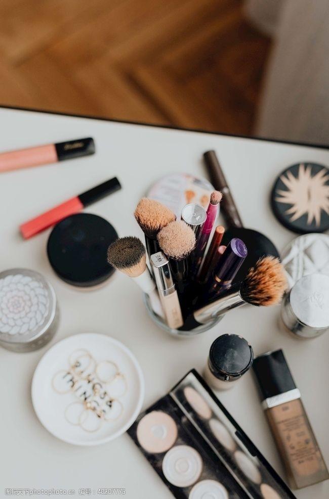 女性用品美妆图片