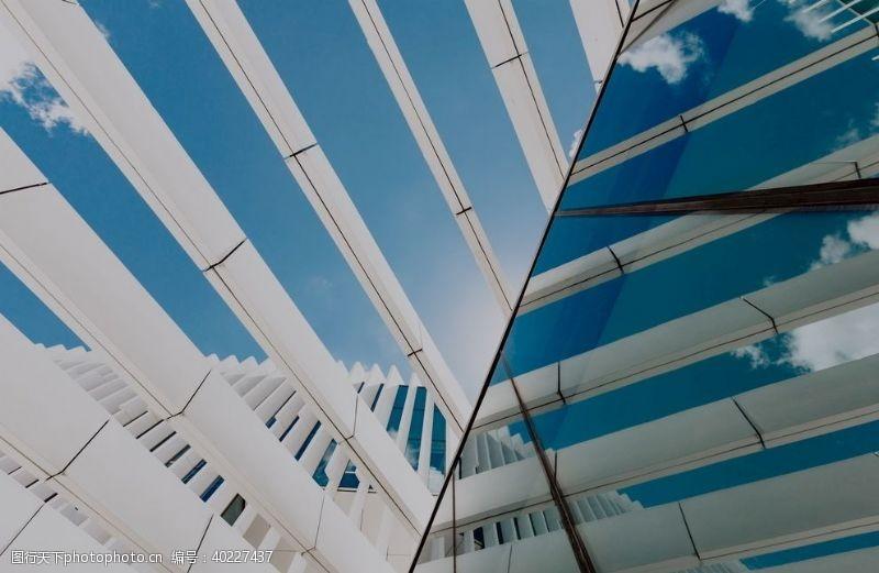 建筑外观现代白色建造图片