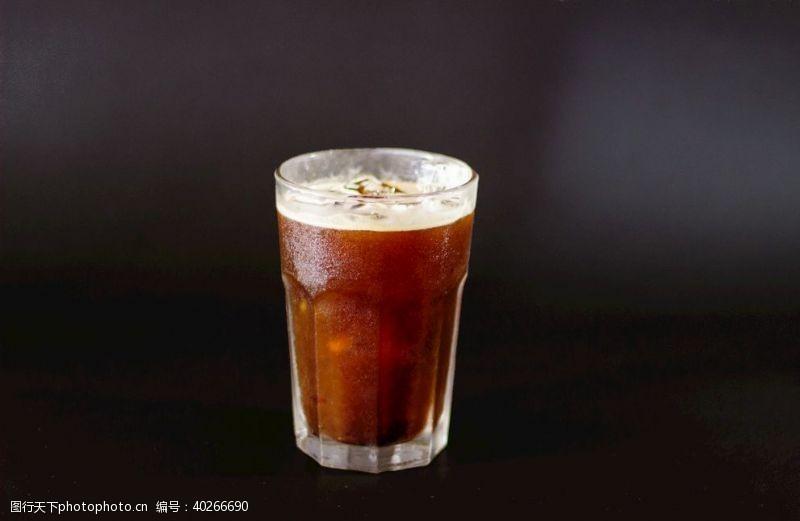 饮料冰美式咖啡图片