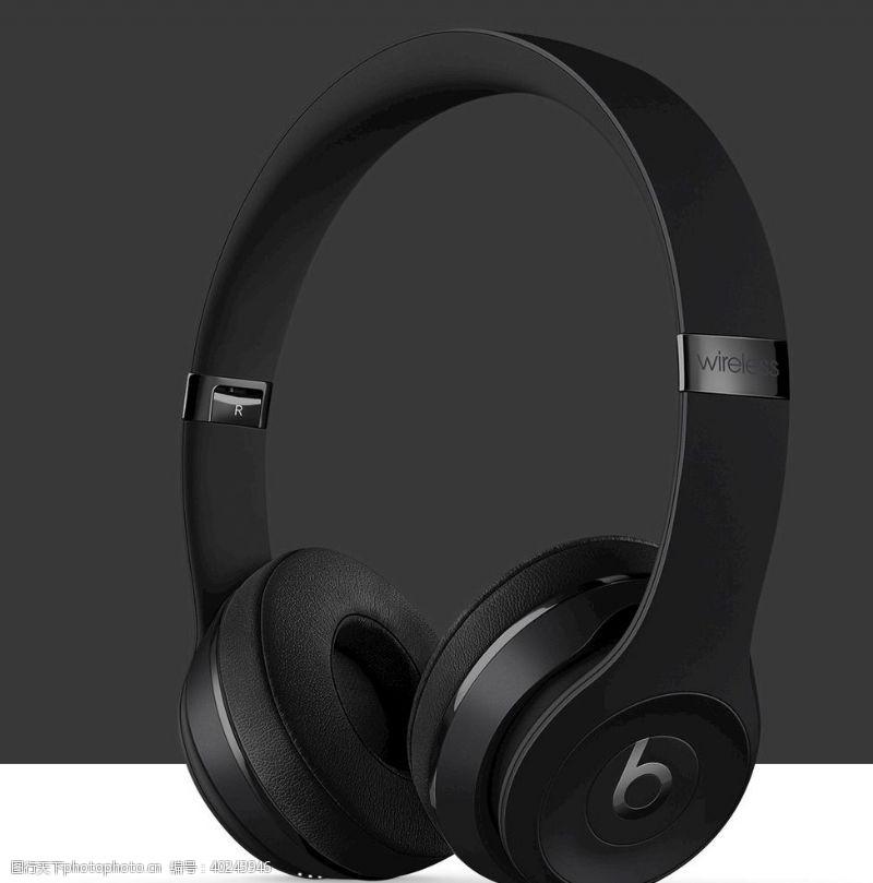 黑色耳机图片