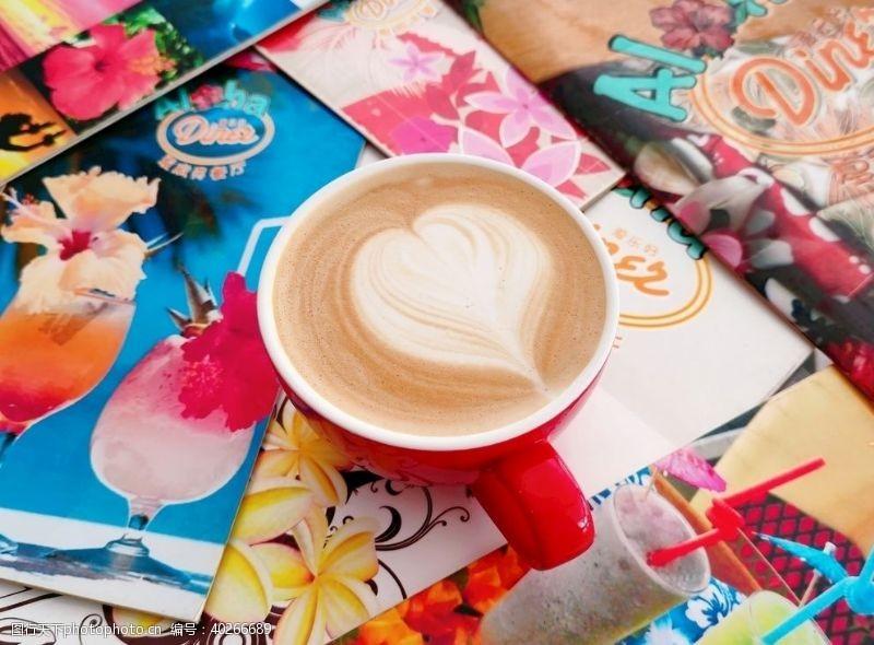 饮料拿铁咖啡图片