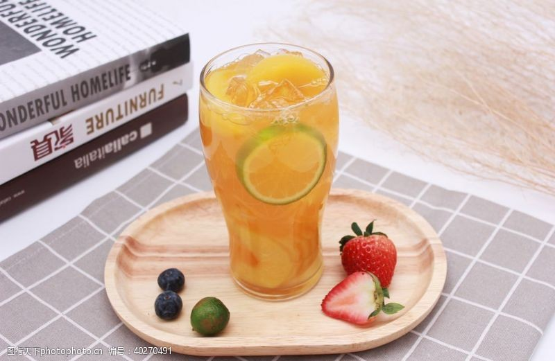 气泡柠檬水柠檬饮品图片