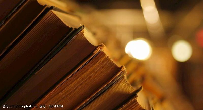 材料书架书店图片