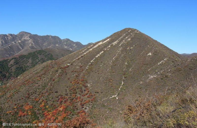 多彩秋季的山图片