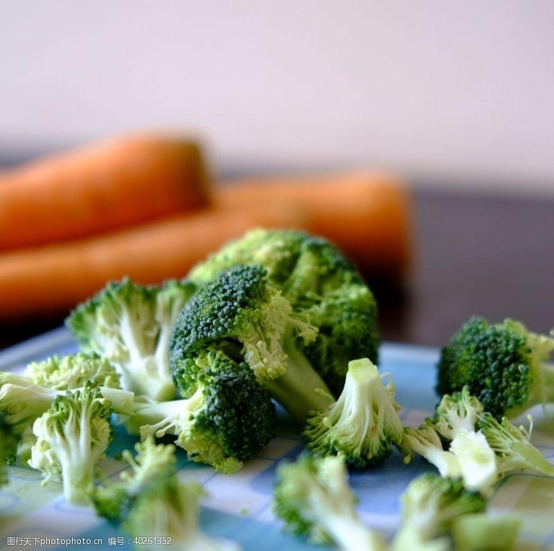 有机蔬菜西兰花图片