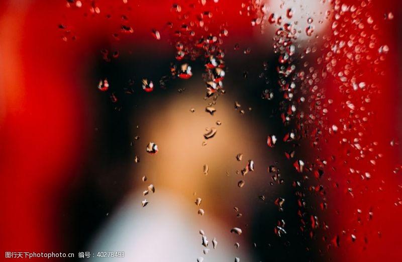 水珠雨图片