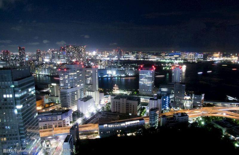 街道城市夜景图片