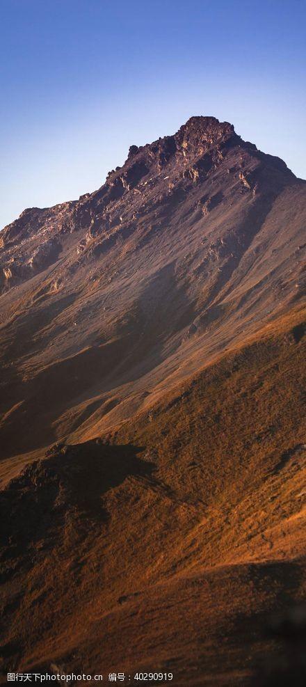 高山高峰风景图片