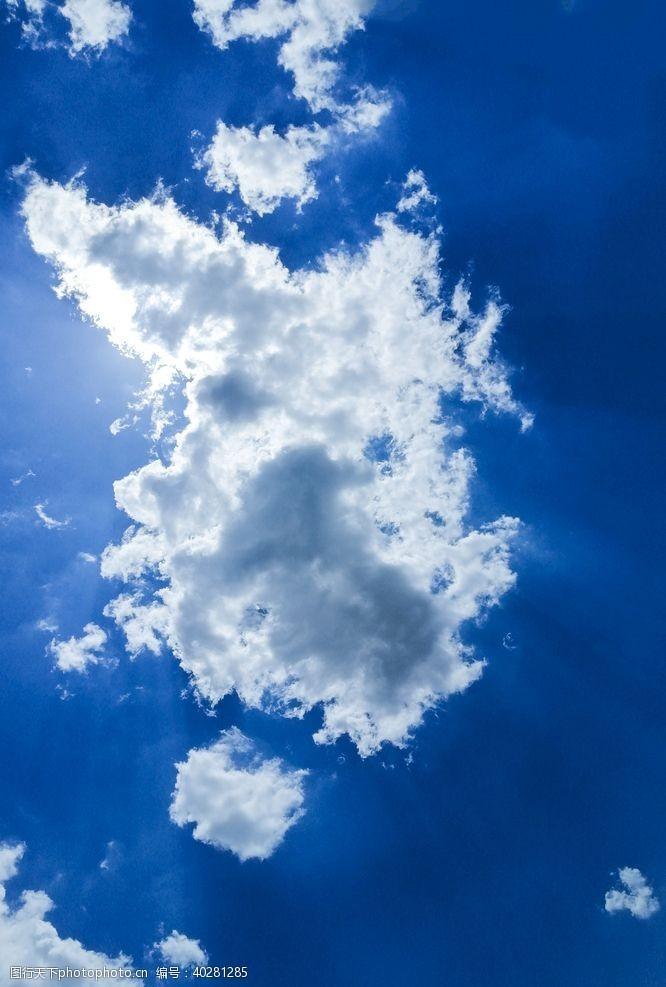云彩蓝天白云图片