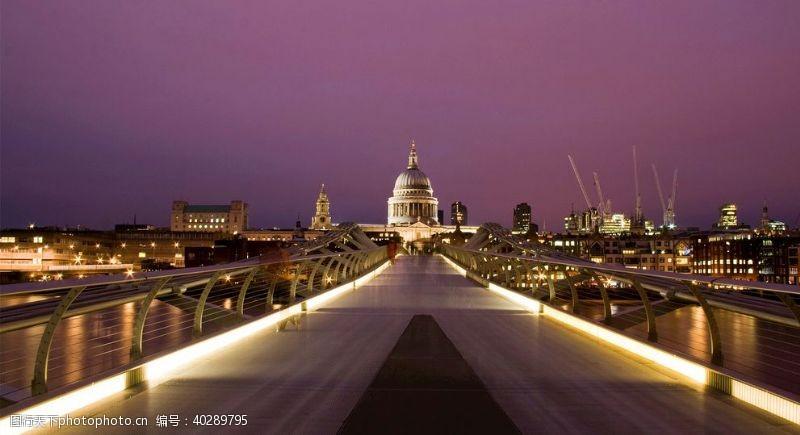 光线夜晚发光桥图片