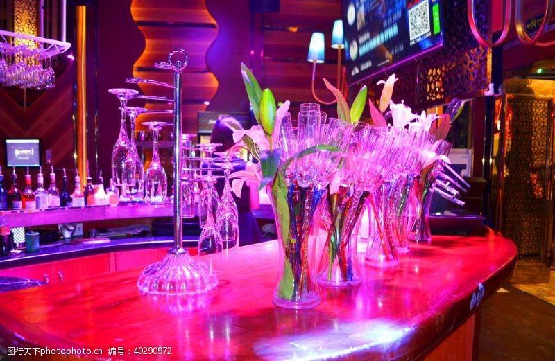 酒吧前台图片