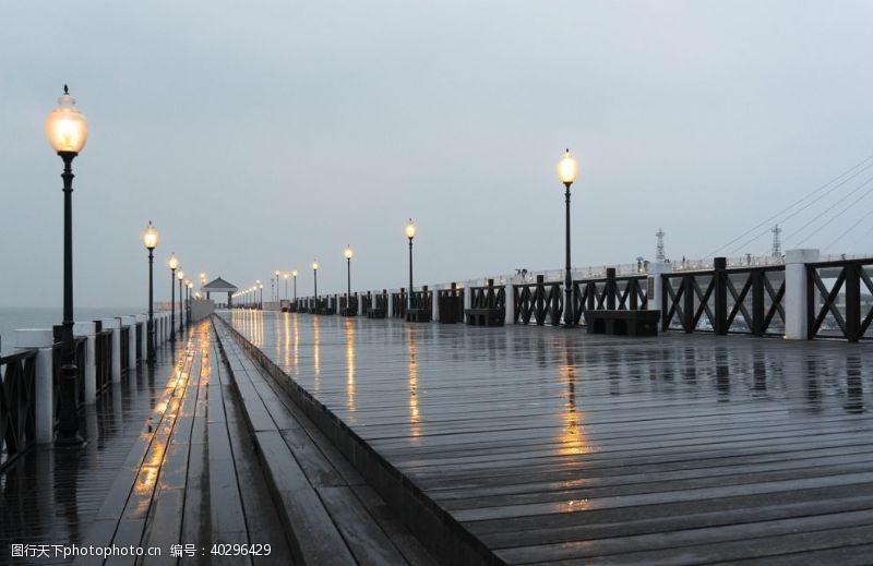 天空码头风景图片