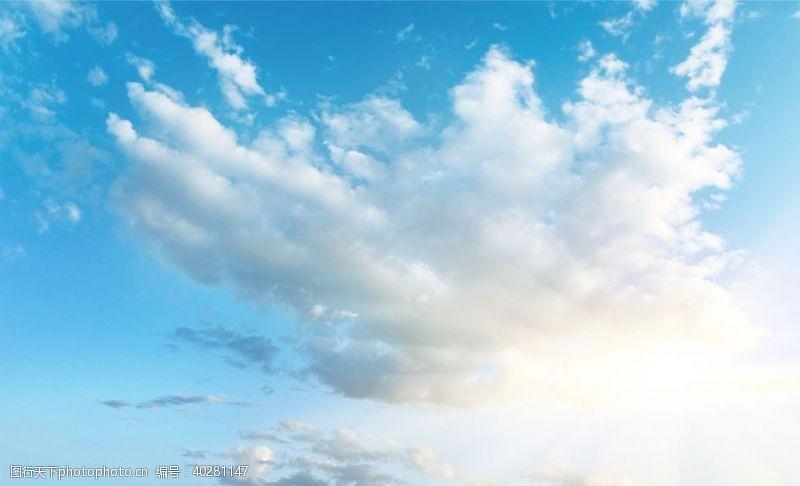 灰色天空背景墙图片