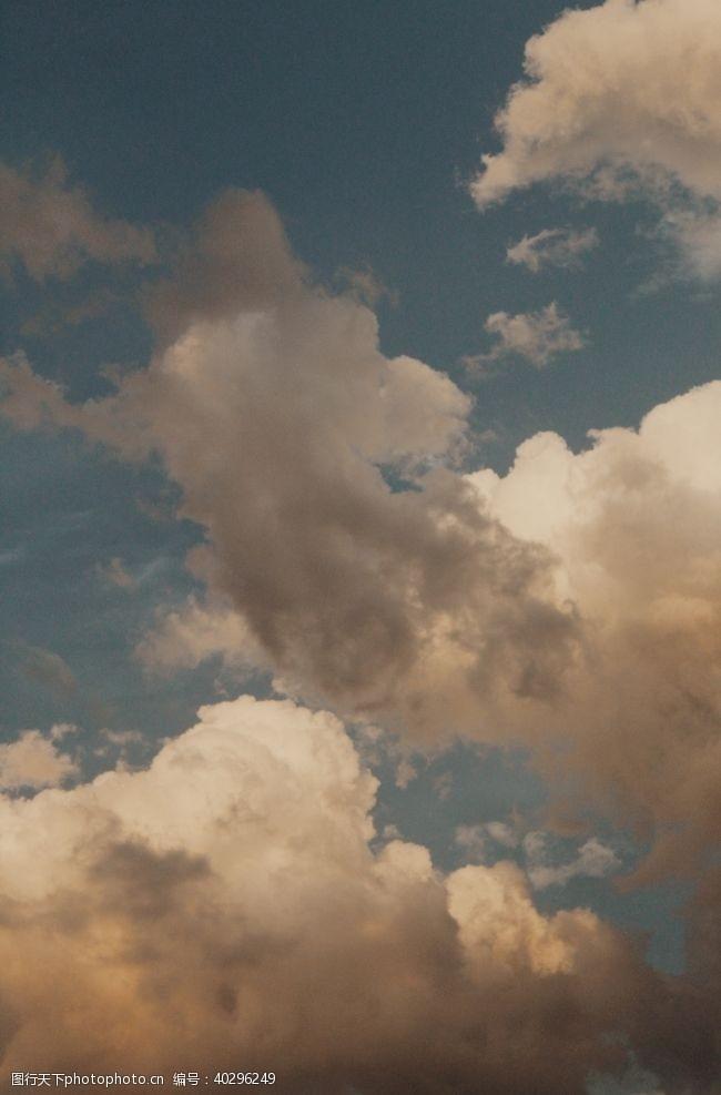 蓝天天空图片