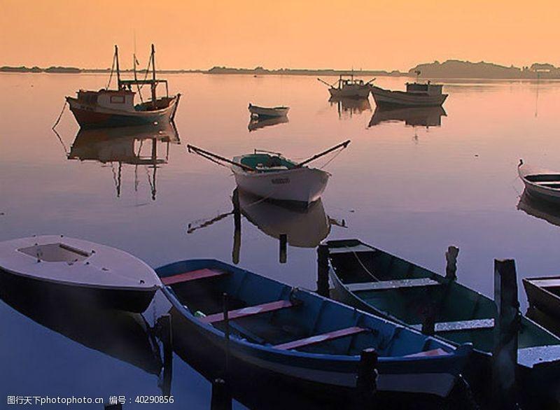 船晚霞夕阳图片
