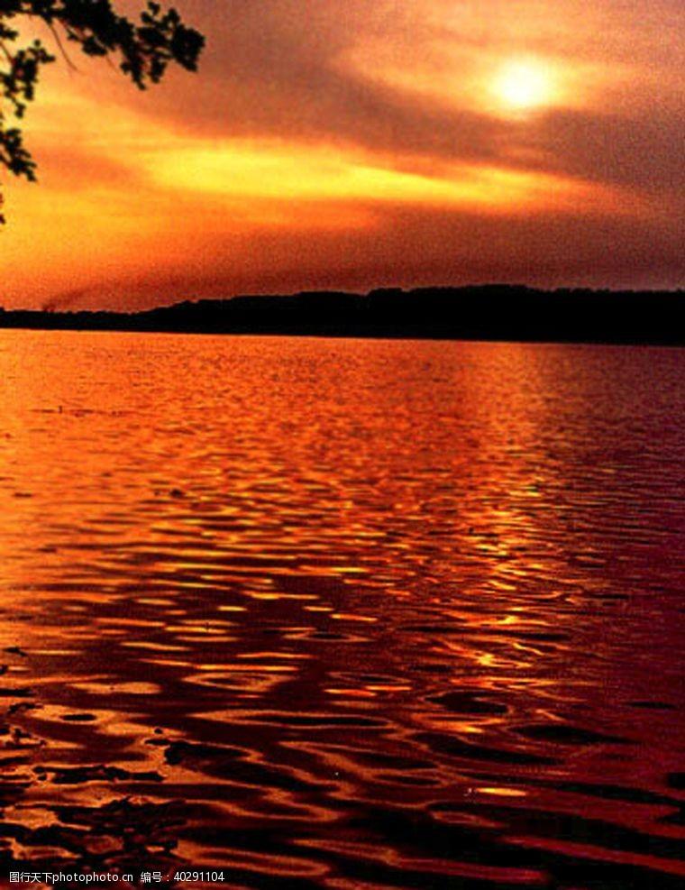 阳光晚霞夕阳图片