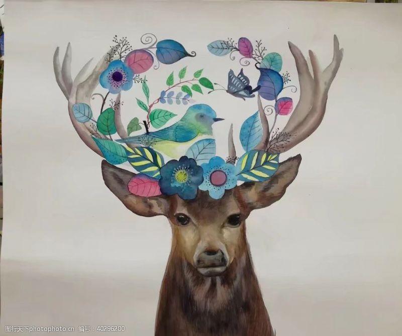 手绘鹿元素图片