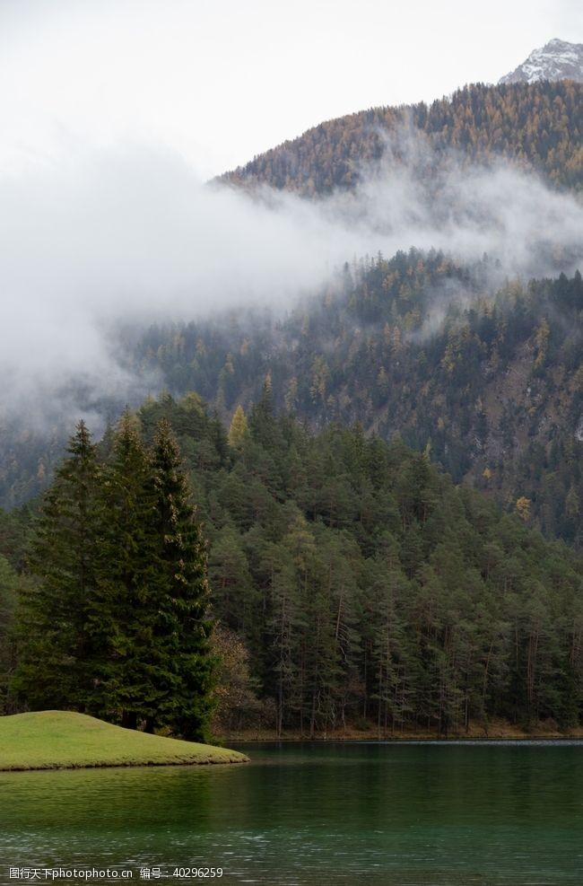 雪山山脉图片